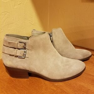 8d83f9b27068 NWOT Sam Edelman leather booties size 8